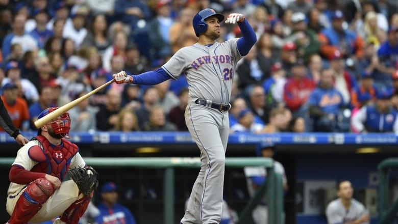 Former Met James Loney signs with Texas Rangers