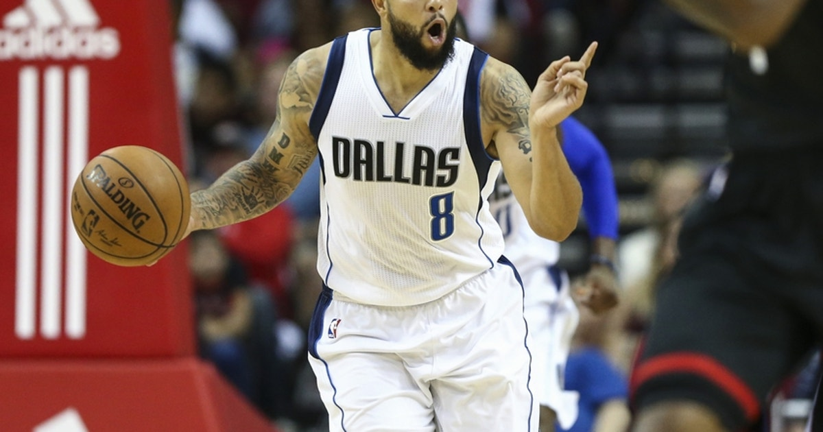 9645109-deron-williams-nba-dallas-mavericks-houston-rockets.vresize.1200.630.high.0