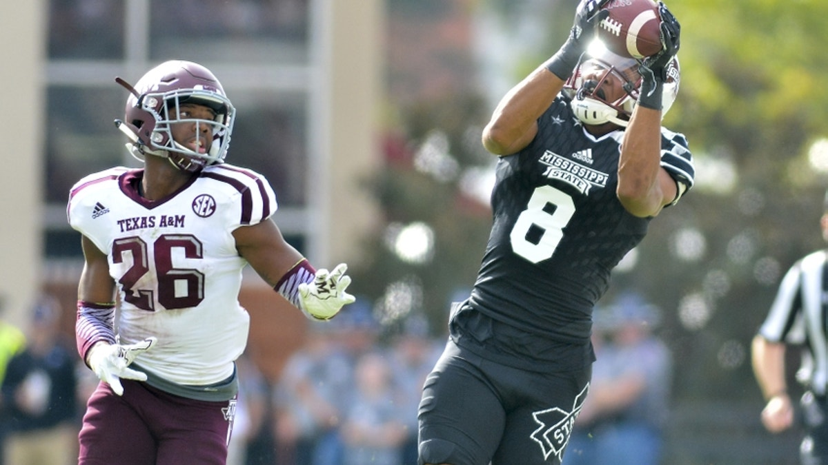 9654696-ncaa-football-texas-a-m-mississippi-state.vresize.1200.675.high.0
