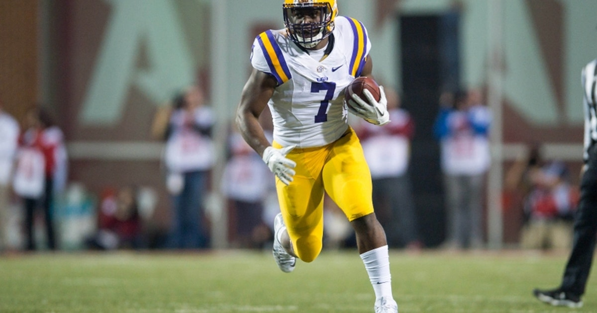 9672242-leonard-fournette-ncaa-football-louisiana-state-arkansas.vresize.1200.630.high.0