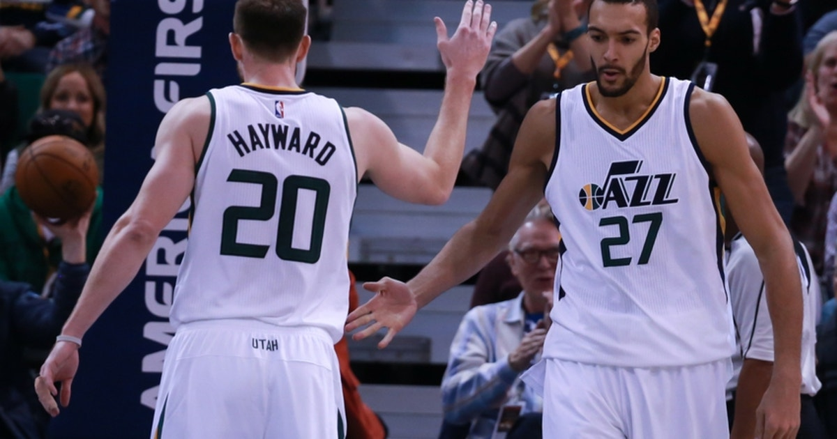 9713037-gordon-hayward-rudy-gobert-nba-houston-rockets-utah-jazz-1.vresize.1200.630.high.0
