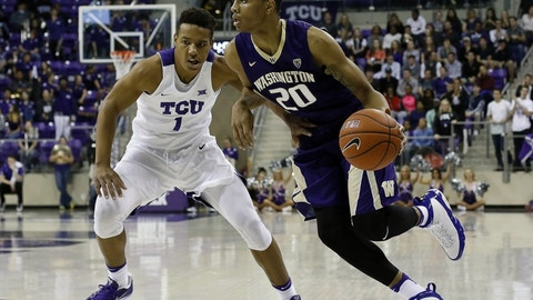 Even as the Huskies struggled, Fultz thrived statistically