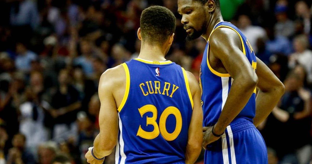 9746100-kevin-durant-stephen-curry-nba-golden-state-warriors-new-orleans-pelicans.vresize.1200.630.high.0