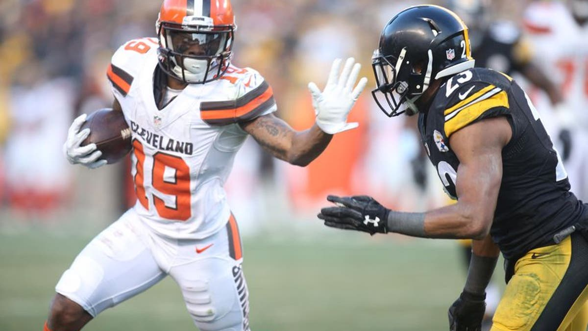 9782490-corey-coleman-mike-mitchell-nfl-cleveland-browns-pittsburgh-steelers.vresize.1200.675.high.0
