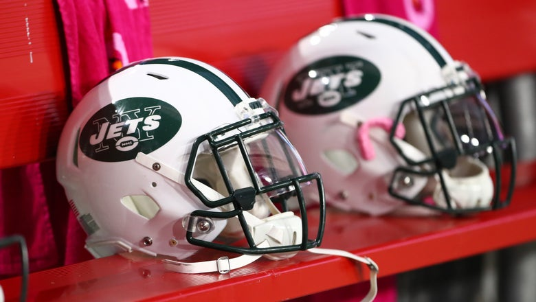 Police: Former Jets player charged with child cruelty after punching 15-year-old