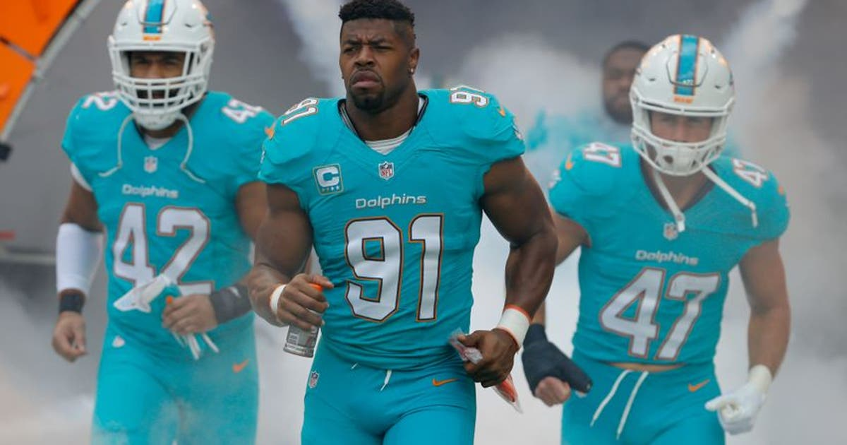 9792262-spencer-paysinger-cameron-wake-kiko-alonso-nfl-new-england-patriots-miami-dolphins.vresize.1200.630.high.0