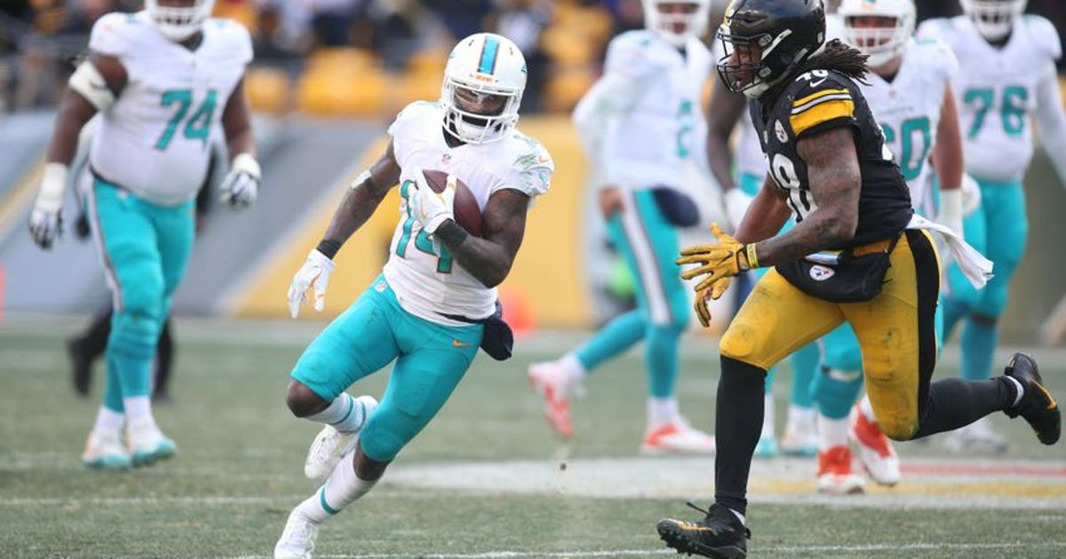 9797488-jarvis-landry-bud-dupree-nfl-afc-wild-card-miami-dolphins-pittsburgh-steelers-1.vresize.1200.630.high.0