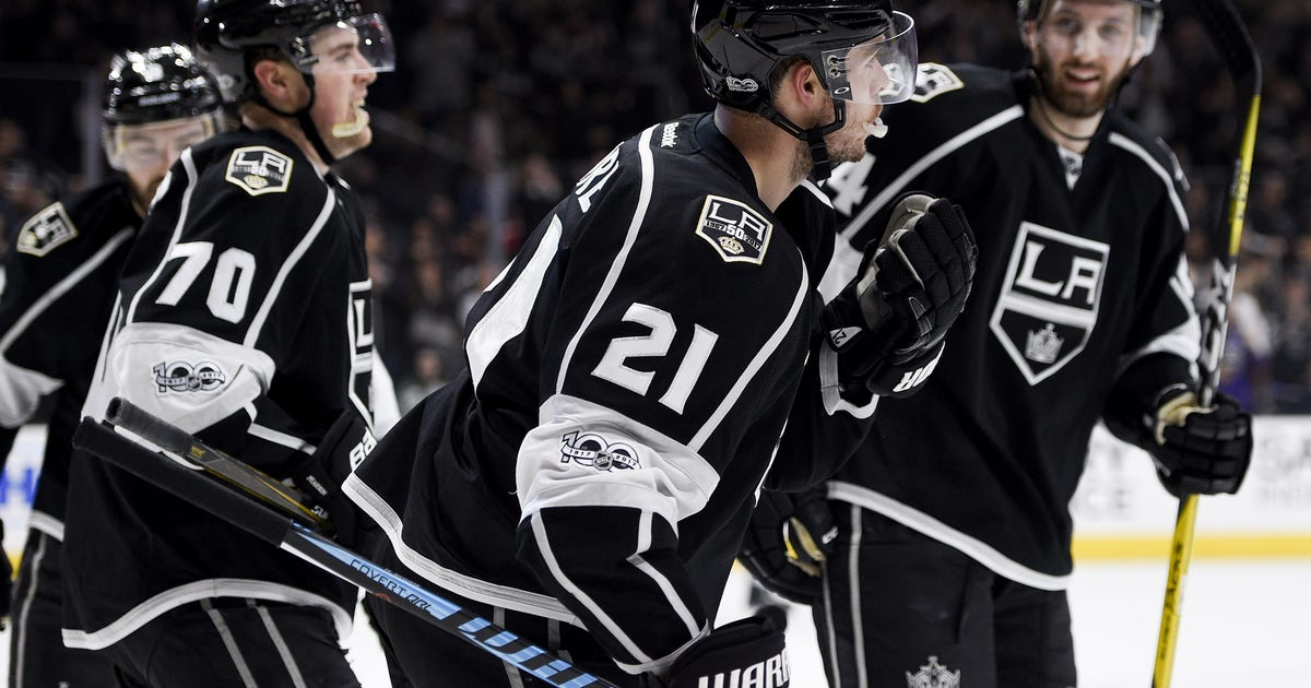 Los Angeles Kings troll St. Louis, San Diego Chargers