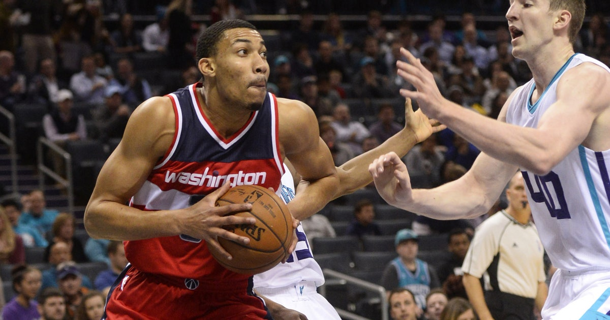 9833585-nba-washington-wizards-at-charlotte-hornets.vresize.1200.630.high.0