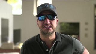 Luke Bryan will sing the National Anthem at Super Bowl LI | FOX NFL SUNDAY