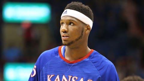 Kansas suspends Carlton Bragg indefinitely for team rules violation