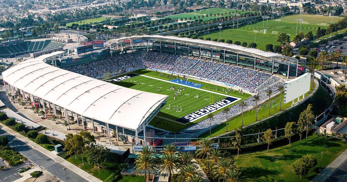 Here's what a Chargers game at StubHub Center will look ...