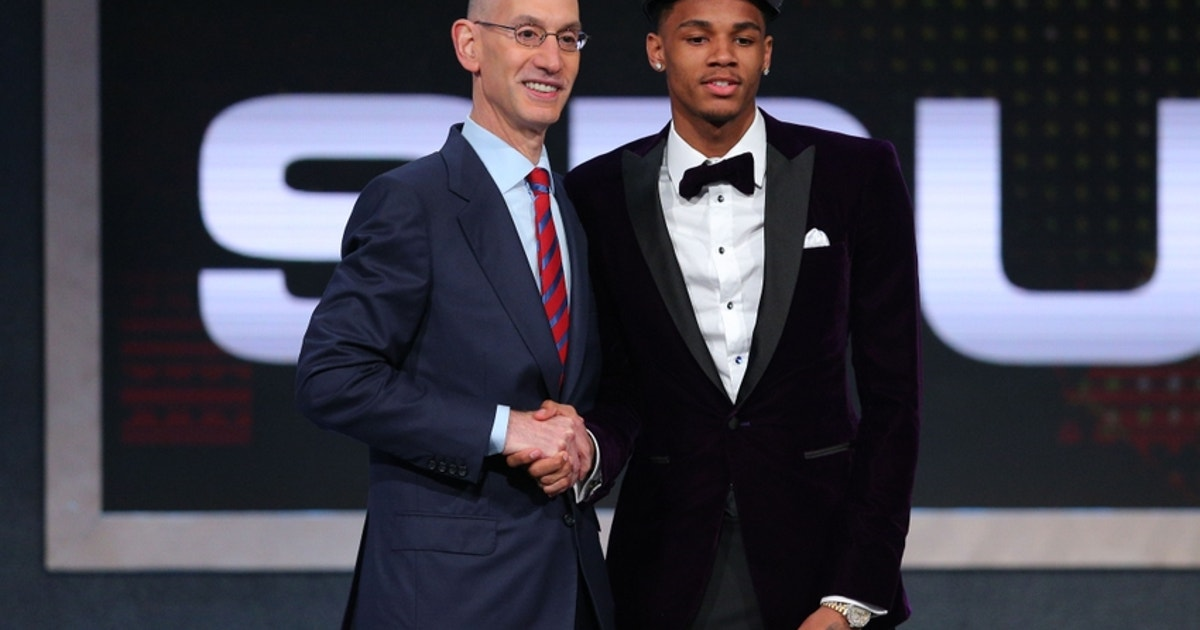 Dejounte-murray-adam-silver-nba-nba-draft.vresize.1200.630.high.0