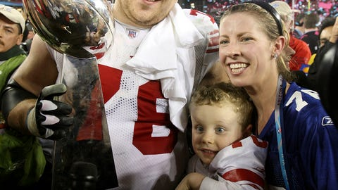 Chris Snee and son Dylan (Super Bowl XLII)