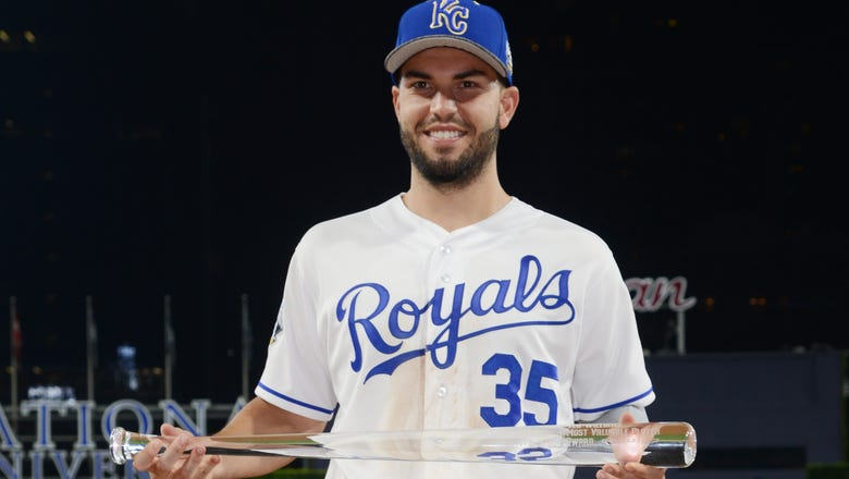 Hosmer, Royals avoid arbitration by agreeing to one-year deal