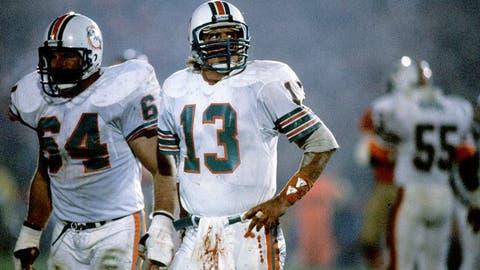 Super Bowl XIX (Palo Alto): 49ers 38, Dolphins 16