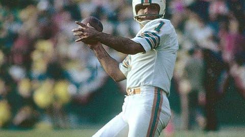 Super Bowl VII: (Los Angeles): Dolphins 14, Redskins 7