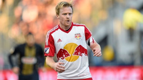 MID: Dax McCarty (Chicago Fire)