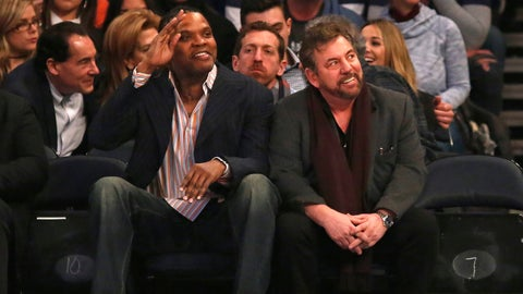 Former Knicks player Charles Oakley banned from Madison Square Garden: ESPN Radio