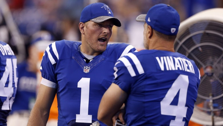 Adam Vinatieri is 'still begging' Pat McAfee to come back to the Colts