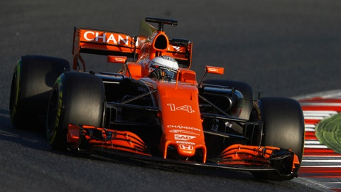 Fernando Alonso was only able to complete 29 laps of testing on Monday. (Photo: Steven Tee/LAT Images)