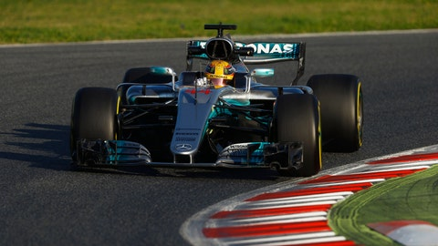 Lewis Hamilton turned the fastest time during the first day of preseason testing. (Photo: Steven Tee/LAT Images)