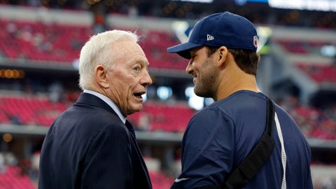 Tony Romo doesn't expect trade from Cowboys