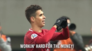 Oscar and Hulk are working hard for that money