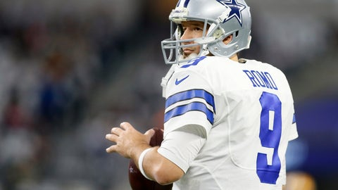 Cris Carter Jones would be doing Romo a 'tremendous favor&#039