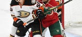 Vermette ejected for slashing ref, Ducks beat Wild 1-0 (Feb 14, 2017)