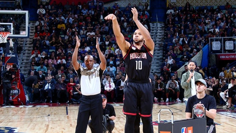 NEW ORLEANS, LA - FEBRUARY 18: Eric Gordon #10 of the Houston Rockets shoots during the JBL Three-Point Contest during State Farm All-Star Saturday Night as part of the 2017 NBA All-Star Weekend on February 18, 2017 at the Smoothie King Center in New Orleans, Louisiana. NOTE TO USER: User expressly acknowledges and agrees that, by downloading and/or using this photograph, user is consenting to the terms and conditions of the Getty Images License Agreement.  Mandatory Copyright Notice: Copyright 2017 NBAE (Photo by Nathaniel S. Butler/NBAE via Getty Images)