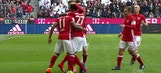 Arturo Vidal goal for Bayern Munich against Hamburg | 2016-17 Bundesliga Highlights