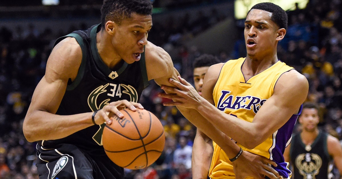 9132068-nba-los-angeles-lakers-at-milwaukee-bucks-1.vresize.1200.630.high.0