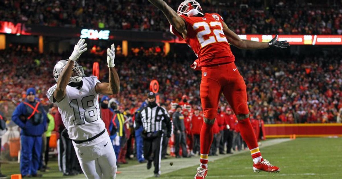 9733675-marcus-peters-andre-holmes-nfl-oakland-raiders-kansas-city-chiefs-2.vresize.1200.630.high.0