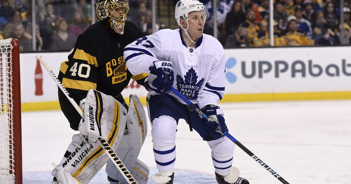 9738967-nhl-toronto-maple-leafs-at-boston-bruins.vresize.1200.630.high.0
