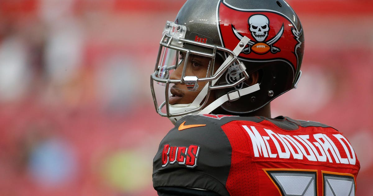 9750848-nfl-new-orleans-saints-at-tampa-bay-buccaneers-1.vresize.1200.630.high.0