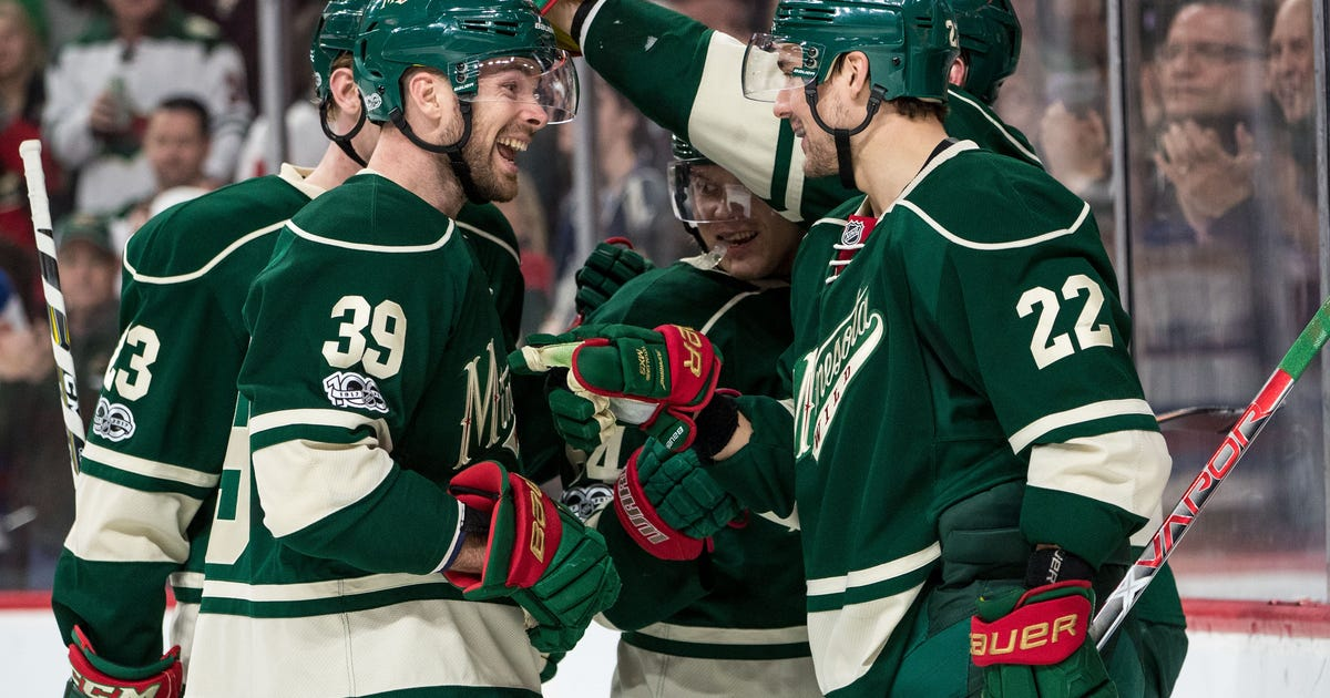 9873961-nhl-detroit-red-wings-at-minnesota-wild.vresize.1200.630.high.0