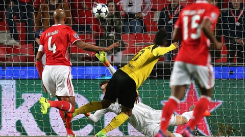 Borussia Dortmund — Pierre-Emerick Aubameyang