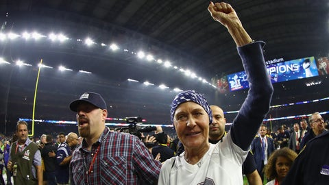 HOUSTON, TX - FEBRUARY 05:  Galynn Brady, mother of Tom Brady #12 of the New England Patriots, celebrates after the Patriots defeat the Atlanta Falcons 34-28 during Super Bowl 51 at NRG Stadium on February 5, 2017 in Houston, Texas.  (Photo by Al Bello/Getty Images)