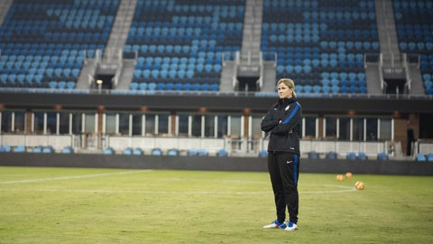 Jill Ellis wants the players' roles to be fluid, but it needs more work