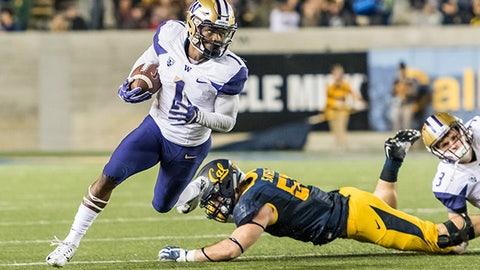 BERKELEY, CA - NOVEMBER 05: Washington Huskies wide receiver John Ross (1) cuts down field for a run during the regular season game between the Washington Huskies verses the California Golden Bears on November 05, 2016, at California Memorial Stadium in Berkeley, CA. (Photo by Doug Stringer/Icon Sportswire) (Icon Sportswire via AP Images)