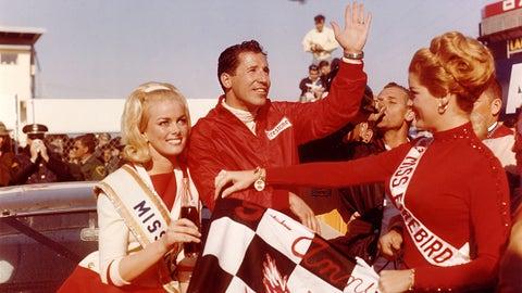 4b. Mario Andretti won 1967 Daytona 500