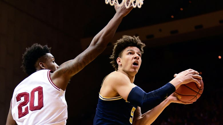 Michigan finally gets first road win of the season
