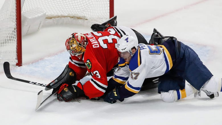 Blues get rude welcome back from break in 4-2 loss to Hawks