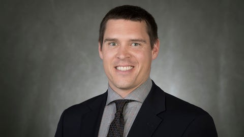 Wisconsin's Jim Leonhard Promoted To Defensive Coordinator