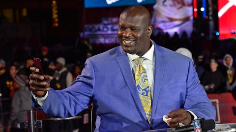 Shaq's statue unveiled at the Staples Center by Lakers