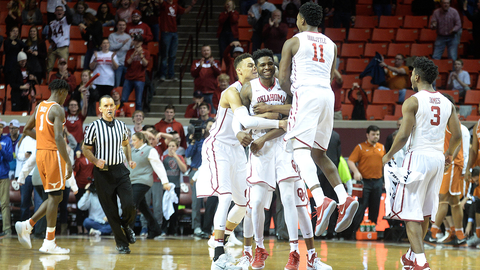 Second half surge leads Oklahoma past Texas 70-66