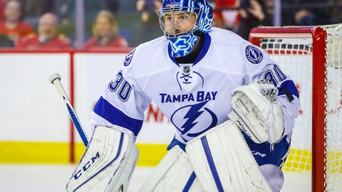 Kings land Ben Bishop in trade with Bolts