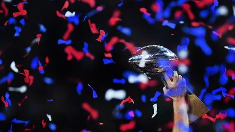 9. Vince Lombardi Trophy (Super Bowl)