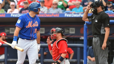 Tebow goes hitless in Mets' exhibition loss to Astros